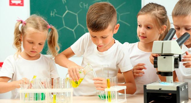 Conoce cómo introducir a tu niño en el mundo de la ciencia